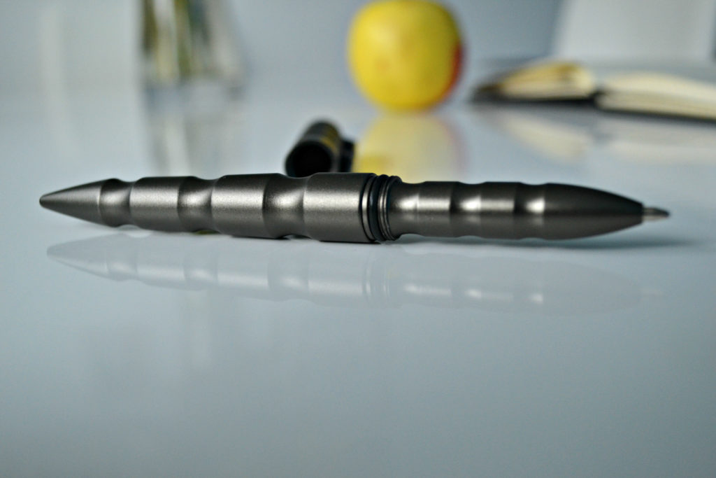 böker tactical pen